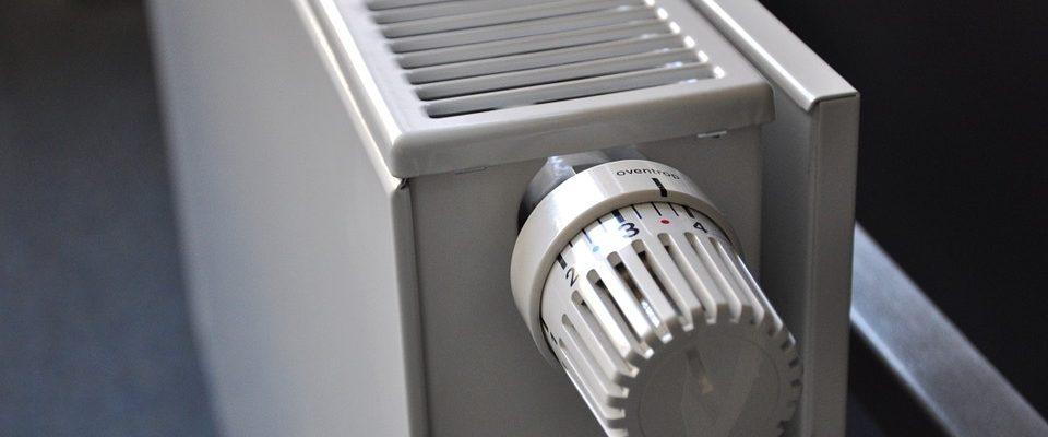 elektrické nebo plynové topení