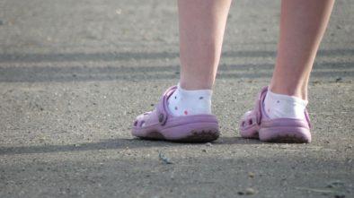 ponožky v sandálech