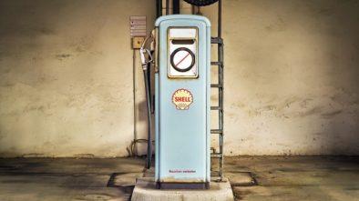 nízké ceny benzinu a nafty