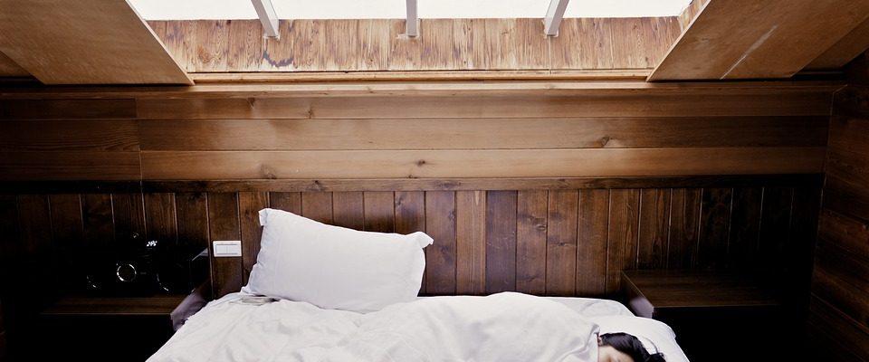 Jaký typ přikrývek pro pohodlný spánek