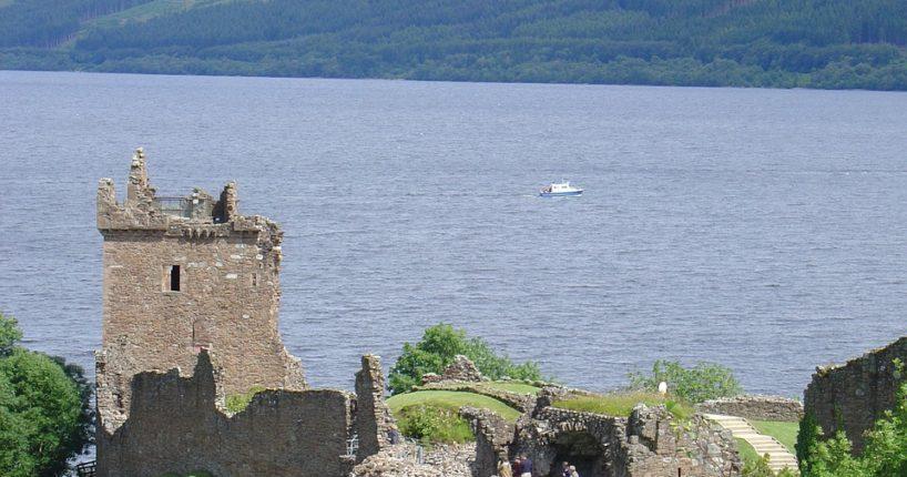 Co se ví o tajemné příšeře z jezera Loch Ness